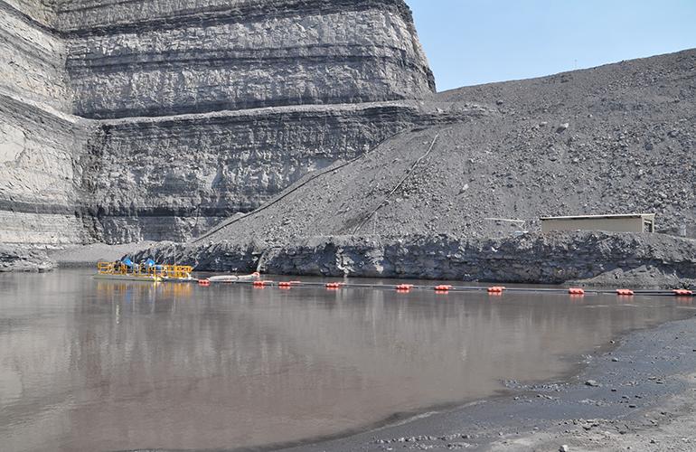 Mine dewatering pumps photo